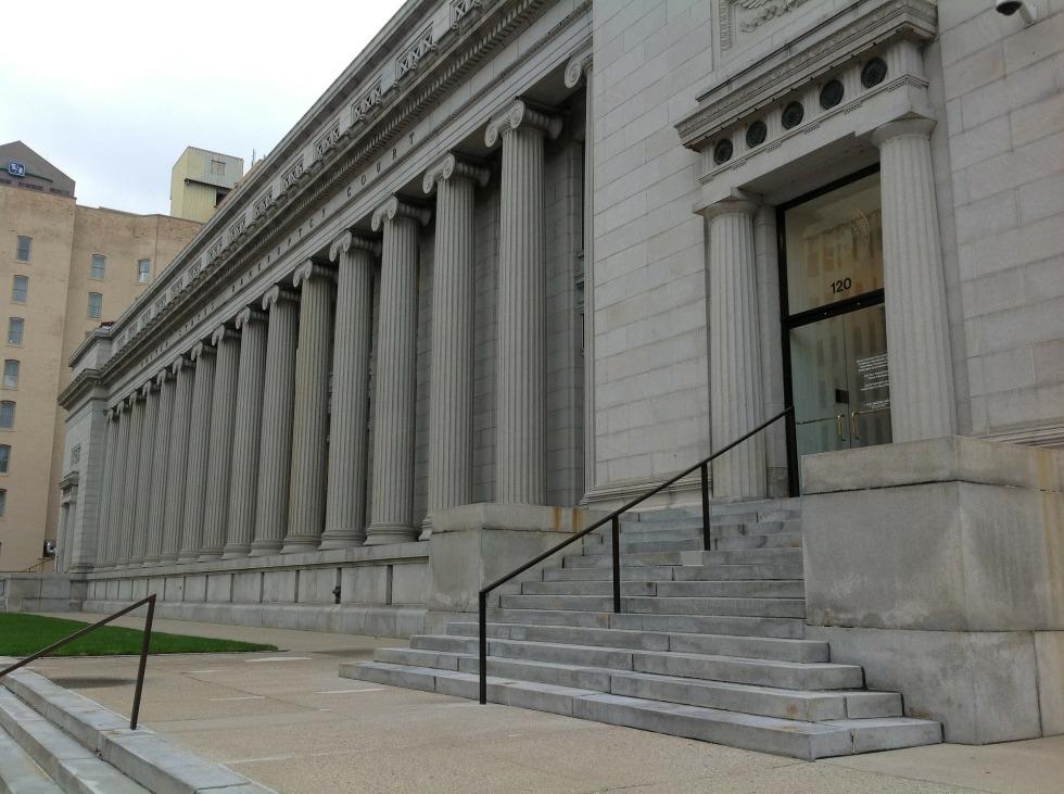 court-144090_1920